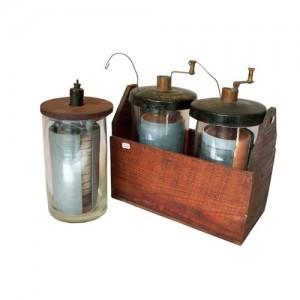 Antichi oggetti e libri di magnetismo