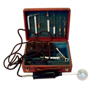 Antichi oggetti e libri di medicina