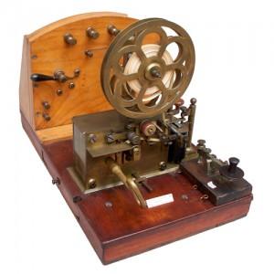 Antichi oggetti e libri di telecomunicazioni