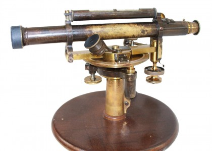 "Livello inclinometrico o clisigoniometro ""Starke & Kammerer"" 4/4 XIX° secolo"