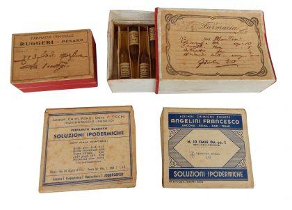 Vecchie confezioni di farmaci in fiale anni 40 – 50 XX secolo